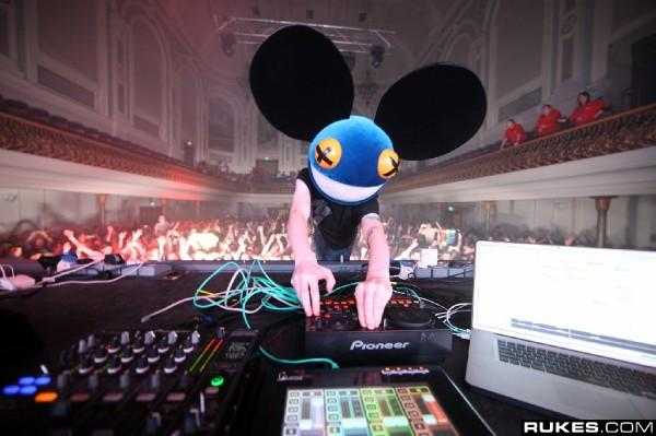 "New Deadmau5 Tracks: ""Suckfest9001"" and ""You There?"" Via Twitter and Soundcloud - Streaming Music"